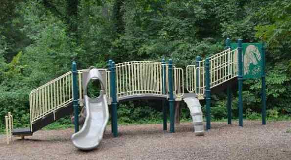 Ashburn Park Playground 4