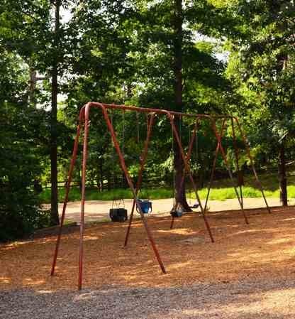 Swings in Ashburn Park
